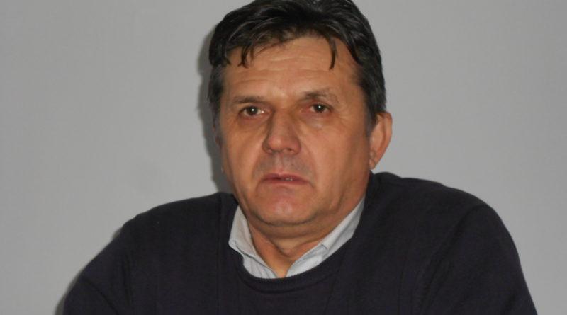 Lugoj Expres Boldea l-a recomandat, iar PSD Lugoj l-a primit cu brațele deschise: senatorul Ioan Iovescu a devenit, oficial, membru PSD Senatorul Ioan Iovescu PSD Lugoj membru PSD