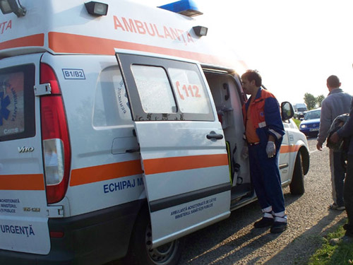Lugoj Expres Accident mortal pe DN6, la 5 kilometri de Lugoj, spre Caransebeș trafic blocat șofer decedat Nădrag DN6 autoturism răsturnat accident mortal