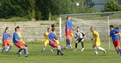 Lugoj Expres Campionatul Municipal de Fotbal Lugoj începe duminică Campionatul Municipal de Fotbal Lugoj