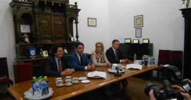 Lugoj Expres Mesaje mobilizatoare și mult entuziasm la lansarea candidaților PNL de la Lugoj PNL Timiș PNL Lugoj lansarea candidaților PNL Claudiu Buciu Alina Gorghiu la Lugoj