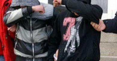 Lugoj Expres Tinerii care au tâlhărit un taximetrist din Timișoara, capturați în apropiere de Lugoj Tinerii care au tâlhărit un taximetrist din Timișoara capturați în apropiere de Lugoj