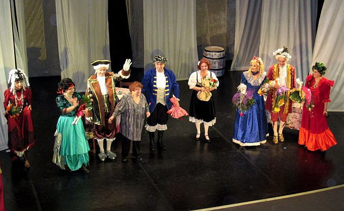 """Lugoj Expres Trupa de actori din Lugoj, de la Caracal... la Brașov Teatrul Municipal """"Traian Grozăvescu"""" Lugoj Festivalul de Comedie de la Caracal AM ACTOR actorii lugojeni"""