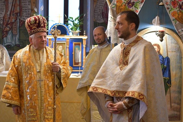 Lugoj Expres PS Alexandru Mesian, vizită pastorală în Parohia Păru