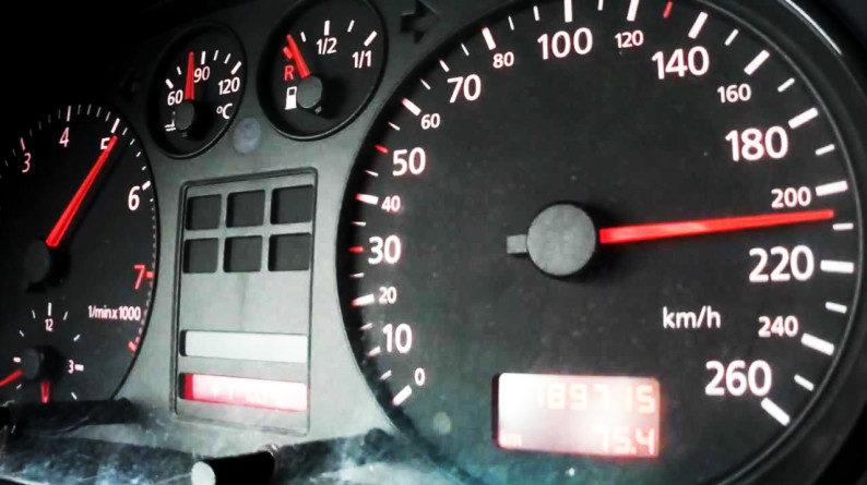 Lugoj Expres Șofer vitezoman, prins că circula cu 188 km/h vitezoman șofer radar fără permis amendă