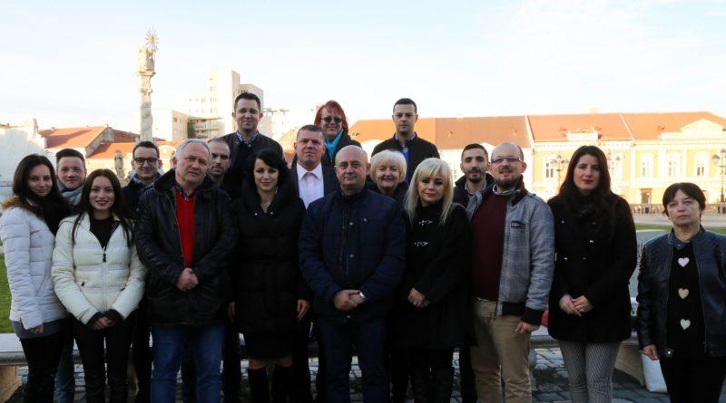 Lugoj Expres Inechitățile din sistemul de învățământ trebuie să dispară! (P) Radu Șumălan PMP Timiș Cornel Sămărtinean