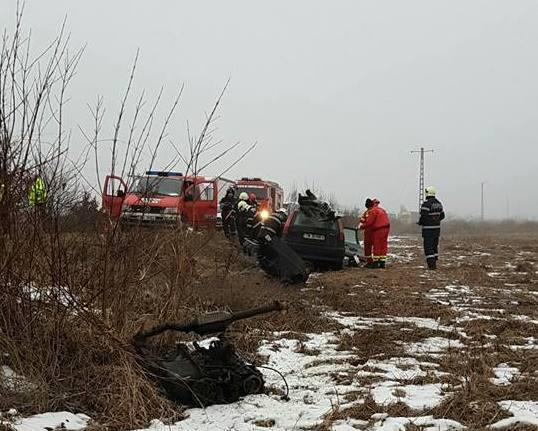Lugoj Expres Tragedie pe DN 68A Lugoj-Deva. Un tânăr a intrat cu mașina într-un TIR un tânăr a intrat cu mașina într-un TIR tragedie pe șoseaua Lugoj-Deva Margina ISU Timiș Făget DN 68A accident mortal   Lugoj Expres Tragedie pe DN 68A Lugoj-Deva. Un tânăr a intrat cu mașina într-un TIR un tânăr a intrat cu mașina într-un TIR tragedie pe șoseaua Lugoj-Deva Margina ISU Timiș Făget DN 68A accident mortal