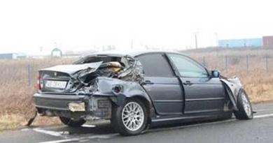 Lugoj Expres Un BMW s-a izbit de un TIR, pe șoseaua Lugoj-Timișoara TIR șoseaua Lugoj - Timișoara DN6 BMW accident