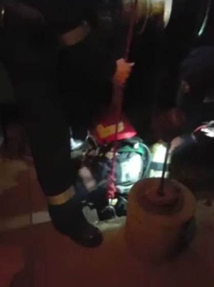 Lugoj Expres Cățel salvat dintr-o fântână, la Buziaș pompieri ISU Timiș fântână căine salvat Buziaș