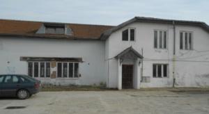 Lugoj Expres La Lugoj, oficierea căsătoriilor se mută de la Teatru... la Ștrand ștrand reabilitare Lugoj delegații casa căsătoriilor camere de oaspeți