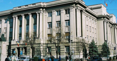 Lugoj Expres Cu jalba-n proțap, la șefii Consiliului Județean Timiș șefii CJT cu jalba în proțap Consiliul Județean Timiș Călin Dobra audiențe