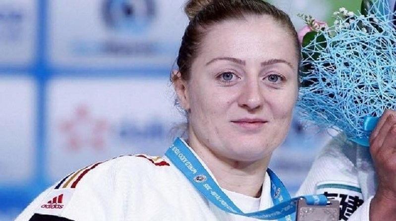 Lugoj Expres Corina Căprioriu nu renunță! Mai vrea o medalie olimpică și la Tokyo medalie olimpică judoka din Lugoj judo Corina Căprioriu Clubul Sportiv Școlar Lugoj