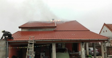 Lugoj Expres Casă cuprinsă de flăcări, în localitatea Coșteiu pompierii lugojeni ISU Timiș incendiu Coșteiu casă cuprinsă de flăcări