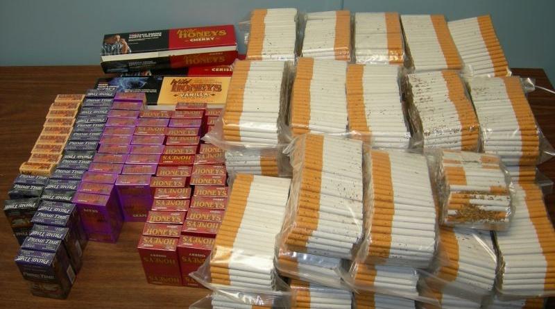 Lugoj Expres Doi contrabandiști de țigări, depistați pe o stradă din Lugoj țigări Polițiști infracțiune dosar penal contrabandă