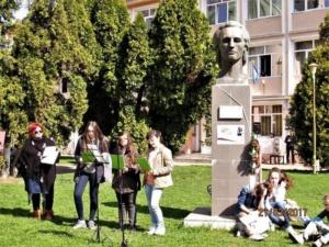 """Lugoj Expres Ziua Mondială a Poeziei a fost sărbătorită și la Lugoj Ziua Mondială a Poeziei Școala Gimnazială nr. 4 Lugoj Școala Gimnazială nr. 3 Lugoj Școala Gimnazială de Muzică """"Filaret Barbu"""" Lugoj moment poetic Lugoj elevi   Lugoj Expres Ziua Mondială a Poeziei a fost sărbătorită și la Lugoj Ziua Mondială a Poeziei Școala Gimnazială nr. 4 Lugoj Școala Gimnazială nr. 3 Lugoj Școala Gimnazială de Muzică """"Filaret Barbu"""" Lugoj moment poetic Lugoj elevi   Lugoj Expres Ziua Mondială a Poeziei a fost sărbătorită și la Lugoj Ziua Mondială a Poeziei Școala Gimnazială nr. 4 Lugoj Școala Gimnazială nr. 3 Lugoj Școala Gimnazială de Muzică """"Filaret Barbu"""" Lugoj moment poetic Lugoj elevi   Lugoj Expres Ziua Mondială a Poeziei a fost sărbătorită și la Lugoj Ziua Mondială a Poeziei Școala Gimnazială nr. 4 Lugoj Școala Gimnazială nr. 3 Lugoj Școala Gimnazială de Muzică """"Filaret Barbu"""" Lugoj moment poetic Lugoj elevi   Lugoj Expres Ziua Mondială a Poeziei a fost sărbătorită și la Lugoj Ziua Mondială a Poeziei Școala Gimnazială nr. 4 Lugoj Școala Gimnazială nr. 3 Lugoj Școala Gimnazială de Muzică """"Filaret Barbu"""" Lugoj moment poetic Lugoj elevi   Lugoj Expres Ziua Mondială a Poeziei a fost sărbătorită și la Lugoj Ziua Mondială a Poeziei Școala Gimnazială nr. 4 Lugoj Școala Gimnazială nr. 3 Lugoj Școala Gimnazială de Muzică """"Filaret Barbu"""" Lugoj moment poetic Lugoj elevi"""