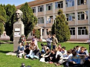 """Lugoj Expres Ziua Mondială a Poeziei a fost sărbătorită și la Lugoj Ziua Mondială a Poeziei Școala Gimnazială nr. 4 Lugoj Școala Gimnazială nr. 3 Lugoj Școala Gimnazială de Muzică """"Filaret Barbu"""" Lugoj moment poetic Lugoj elevi   Lugoj Expres Ziua Mondială a Poeziei a fost sărbătorită și la Lugoj Ziua Mondială a Poeziei Școala Gimnazială nr. 4 Lugoj Școala Gimnazială nr. 3 Lugoj Școala Gimnazială de Muzică """"Filaret Barbu"""" Lugoj moment poetic Lugoj elevi   Lugoj Expres Ziua Mondială a Poeziei a fost sărbătorită și la Lugoj Ziua Mondială a Poeziei Școala Gimnazială nr. 4 Lugoj Școala Gimnazială nr. 3 Lugoj Școala Gimnazială de Muzică """"Filaret Barbu"""" Lugoj moment poetic Lugoj elevi   Lugoj Expres Ziua Mondială a Poeziei a fost sărbătorită și la Lugoj Ziua Mondială a Poeziei Școala Gimnazială nr. 4 Lugoj Școala Gimnazială nr. 3 Lugoj Școala Gimnazială de Muzică """"Filaret Barbu"""" Lugoj moment poetic Lugoj elevi"""