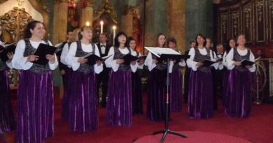 """Lugoj Expres Corul """"Ion Vidu"""" – concert pascal în Biserica """"Adormirea Maicii Domnului"""" din Lugoj Corul Ion Vidu Lugoj concert coral cencert Biserica Ortodoxă"""