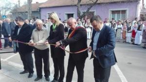 Lugoj Expres La Făget, comercianții pot să-și vândă produsele agroalimentare într-o piață nouă produse agroalimentare piață modernă la Făget piata Făget piața agroalimentară inaugurare comercianți