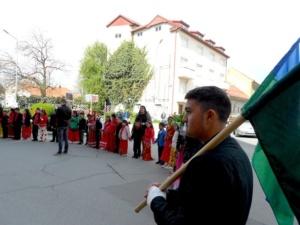 Lugoj Expres Ziua internaţională a rromilor a fost sărbătorită la Lugoj. Primarul Francisc Boldea li s-a adresat participanților... în limba rromani ziua romilor la Lugoj ziua internațională a romilor sărbătoarea etniei romilor romi DASC Lugoj   Lugoj Expres Ziua internaţională a rromilor a fost sărbătorită la Lugoj. Primarul Francisc Boldea li s-a adresat participanților... în limba rromani ziua romilor la Lugoj ziua internațională a romilor sărbătoarea etniei romilor romi DASC Lugoj   Lugoj Expres Ziua internaţională a rromilor a fost sărbătorită la Lugoj. Primarul Francisc Boldea li s-a adresat participanților... în limba rromani ziua romilor la Lugoj ziua internațională a romilor sărbătoarea etniei romilor romi DASC Lugoj   Lugoj Expres Ziua internaţională a rromilor a fost sărbătorită la Lugoj. Primarul Francisc Boldea li s-a adresat participanților... în limba rromani ziua romilor la Lugoj ziua internațională a romilor sărbătoarea etniei romilor romi DASC Lugoj   Lugoj Expres Ziua internaţională a rromilor a fost sărbătorită la Lugoj. Primarul Francisc Boldea li s-a adresat participanților... în limba rromani ziua romilor la Lugoj ziua internațională a romilor sărbătoarea etniei romilor romi DASC Lugoj   Lugoj Expres Ziua internaţională a rromilor a fost sărbătorită la Lugoj. Primarul Francisc Boldea li s-a adresat participanților... în limba rromani ziua romilor la Lugoj ziua internațională a romilor sărbătoarea etniei romilor romi DASC Lugoj   Lugoj Expres Ziua internaţională a rromilor a fost sărbătorită la Lugoj. Primarul Francisc Boldea li s-a adresat participanților... în limba rromani ziua romilor la Lugoj ziua internațională a romilor sărbătoarea etniei romilor romi DASC Lugoj   Lugoj Expres Ziua internaţională a rromilor a fost sărbătorită la Lugoj. Primarul Francisc Boldea li s-a adresat participanților... în limba rromani ziua romilor la Lugoj ziua internațională a romilor sărbătoarea etniei romilor romi DASC Lugoj
