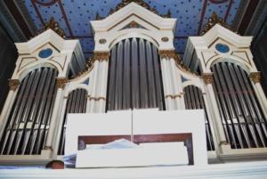 Lugoj Expres Noaptea Sinagogilor Deschise: Recital de orgă la Sinagoga din Lugoj   Lugoj Expres Noaptea Sinagogilor Deschise: Recital de orgă la Sinagoga din Lugoj   Lugoj Expres Noaptea Sinagogilor Deschise: Recital de orgă la Sinagoga din Lugoj