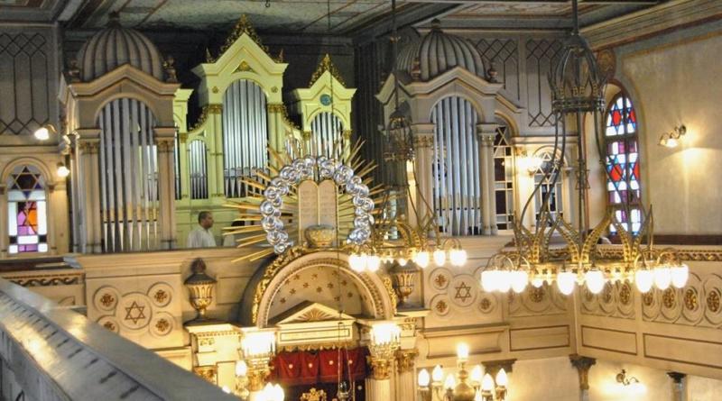 Lugoj Expres Recital extraordinar Julia Semenova - Adriana Dogariu, la Sinagoga Neologă vioară Sinagoga Neologă Lugoj sinagoga recital orgă Lugoj Julia Semenova evrei eveniment muzical comunitatea evreilor Adriana Dogariu