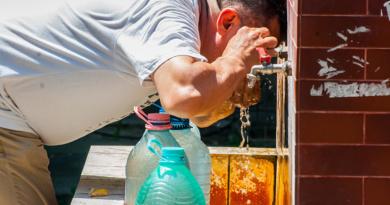 Lugoj Expres Fântânile publice din Lugoj au fost dezinfectate și redeschise fântâni publice redeschise fântâni control microbascteriologic calitatea apei apă potabilă apă