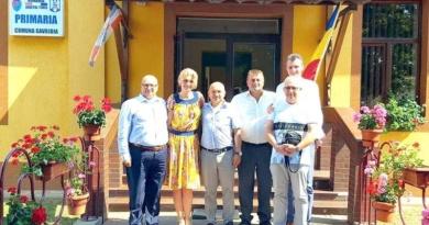 Lugoj Expres Senatorul liberal Alina Gorghiu, la Primăria Găvojdia senator PNL proiecte Găvojdia primarul libaral Primăria Găvojdia PNL Timiș PNL Alina Gorghiu
