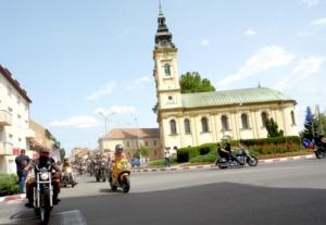 Lugoj Expres Motocicliștii au defilat pe străzile Lugojului. În fruntea coloanei - primarul Francisc Boldea, pe ATV (FOTO) Rock pe 2 Roți Road Patrol MC Lugoj parada motocicliștilor motocicliști festival demonstrații moto acrobații pe motocicletă   Lugoj Expres Motocicliștii au defilat pe străzile Lugojului. În fruntea coloanei - primarul Francisc Boldea, pe ATV (FOTO) Rock pe 2 Roți Road Patrol MC Lugoj parada motocicliștilor motocicliști festival demonstrații moto acrobații pe motocicletă   Lugoj Expres Motocicliștii au defilat pe străzile Lugojului. În fruntea coloanei - primarul Francisc Boldea, pe ATV (FOTO) Rock pe 2 Roți Road Patrol MC Lugoj parada motocicliștilor motocicliști festival demonstrații moto acrobații pe motocicletă   Lugoj Expres Motocicliștii au defilat pe străzile Lugojului. În fruntea coloanei - primarul Francisc Boldea, pe ATV (FOTO) Rock pe 2 Roți Road Patrol MC Lugoj parada motocicliștilor motocicliști festival demonstrații moto acrobații pe motocicletă