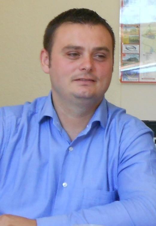Lugoj Expres Supărare mare în Consiliul Local Lugoj! Un consilier liberal a părăsit ședința supărare ședință PNL Timiș PNL Lugoj PNL Consiliul Local consilii de administrație consilier liberal