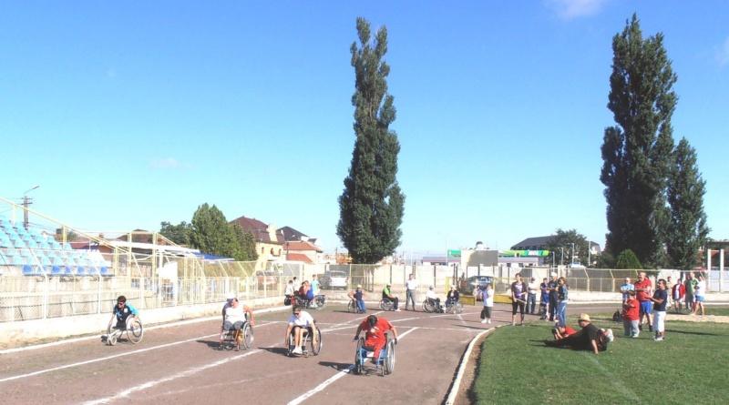Lugoj Expres Clubul Maraton'93 Lugoj are nevoie de ajutor tenis de masă sprijin sportivi persoane cu dizabilități Clubul Maraton 93 Lugoj campionate naționale atletism apel ajutor
