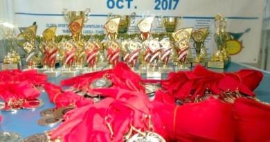"""Lugoj Expres Cupa """"Ana Lugojana"""": 26 de medalii de aur, 18 de argint și 22 de bronz pentru sportivii Clubului """"Maraton'93"""" Lugoj  (FOTO) sportivi Rotary Club Lugoj persoane cu dizabilități cupa competiție Clubul Maraton 93 Lugoj Clubul Lions """"Ana Lugojana"""" Lugoj ana lugojana"""