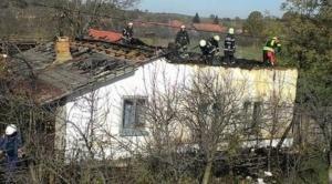 Lugoj Expres Un incendiu puternic a distrus o casă, la Bodo (FOTO) pompieri pericol ISU Timiș incendiu explozie casa în flăcări   Lugoj Expres Un incendiu puternic a distrus o casă, la Bodo (FOTO) pompieri pericol ISU Timiș incendiu explozie casa în flăcări   Lugoj Expres Un incendiu puternic a distrus o casă, la Bodo (FOTO) pompieri pericol ISU Timiș incendiu explozie casa în flăcări   Lugoj Expres Un incendiu puternic a distrus o casă, la Bodo (FOTO) pompieri pericol ISU Timiș incendiu explozie casa în flăcări   Lugoj Expres Un incendiu puternic a distrus o casă, la Bodo (FOTO) pompieri pericol ISU Timiș incendiu explozie casa în flăcări   Lugoj Expres Un incendiu puternic a distrus o casă, la Bodo (FOTO) pompieri pericol ISU Timiș incendiu explozie casa în flăcări   Lugoj Expres Un incendiu puternic a distrus o casă, la Bodo (FOTO) pompieri pericol ISU Timiș incendiu explozie casa în flăcări