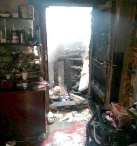 Lugoj Expres Un incendiu puternic a distrus o casă, la Bodo (FOTO) pompieri pericol ISU Timiș incendiu explozie casa în flăcări   Lugoj Expres Un incendiu puternic a distrus o casă, la Bodo (FOTO) pompieri pericol ISU Timiș incendiu explozie casa în flăcări   Lugoj Expres Un incendiu puternic a distrus o casă, la Bodo (FOTO) pompieri pericol ISU Timiș incendiu explozie casa în flăcări   Lugoj Expres Un incendiu puternic a distrus o casă, la Bodo (FOTO) pompieri pericol ISU Timiș incendiu explozie casa în flăcări   Lugoj Expres Un incendiu puternic a distrus o casă, la Bodo (FOTO) pompieri pericol ISU Timiș incendiu explozie casa în flăcări   Lugoj Expres Un incendiu puternic a distrus o casă, la Bodo (FOTO) pompieri pericol ISU Timiș incendiu explozie casa în flăcări   Lugoj Expres Un incendiu puternic a distrus o casă, la Bodo (FOTO) pompieri pericol ISU Timiș incendiu explozie casa în flăcări   Lugoj Expres Un incendiu puternic a distrus o casă, la Bodo (FOTO) pompieri pericol ISU Timiș incendiu explozie casa în flăcări