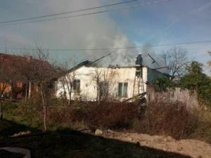 Lugoj Expres Un incendiu puternic a distrus o casă, la Bodo (FOTO) pompieri pericol ISU Timiș incendiu explozie casa în flăcări   Lugoj Expres Un incendiu puternic a distrus o casă, la Bodo (FOTO) pompieri pericol ISU Timiș incendiu explozie casa în flăcări