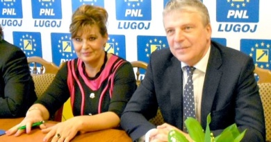 Lugoj Expres Demisie! Un consilier lugojean a renunțat la mandat PNL Timiș PNL Lugoj Nicolae Robu Ioan Ambruș înștiințare demisie Consiliul Local Lugoj consilier