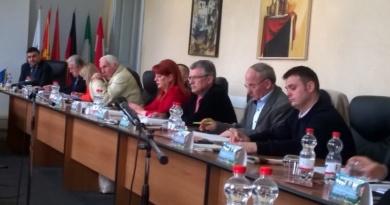 Lugoj Expres Alimentarea cu apă și canalizarea în Lugoj vor fi scoase la licitație serviciu public PSD PNL PMP Meridian 22 licitație consilieri canalizare apă alimentare ALDE