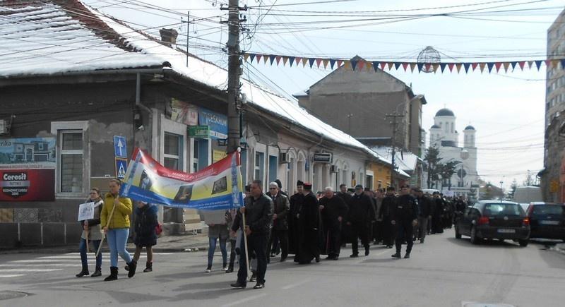 Lugoj Expres Marșul pentru viață 2019: Unic din prima secundă viață unic din prima secunda Protopopiatul Ortodox pro-viață preoți marșul pentru viață mars Lugoj marș Lugoj