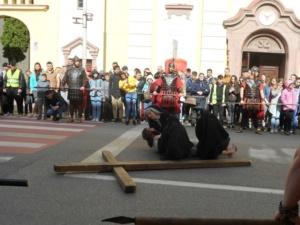 Lugoj Expres Una dintre cele mai cutremurătoare scene biblice, refăcută în Săptămâna Mare, la Lugoj (FOTO) spectacol scenă biblică Săptămâna Mare răstignire patimile mântuitorului Golgota drumul crucii dramatizare crucificat   Lugoj Expres Una dintre cele mai cutremurătoare scene biblice, refăcută în Săptămâna Mare, la Lugoj (FOTO) spectacol scenă biblică Săptămâna Mare răstignire patimile mântuitorului Golgota drumul crucii dramatizare crucificat   Lugoj Expres Una dintre cele mai cutremurătoare scene biblice, refăcută în Săptămâna Mare, la Lugoj (FOTO) spectacol scenă biblică Săptămâna Mare răstignire patimile mântuitorului Golgota drumul crucii dramatizare crucificat   Lugoj Expres Una dintre cele mai cutremurătoare scene biblice, refăcută în Săptămâna Mare, la Lugoj (FOTO) spectacol scenă biblică Săptămâna Mare răstignire patimile mântuitorului Golgota drumul crucii dramatizare crucificat   Lugoj Expres Una dintre cele mai cutremurătoare scene biblice, refăcută în Săptămâna Mare, la Lugoj (FOTO) spectacol scenă biblică Săptămâna Mare răstignire patimile mântuitorului Golgota drumul crucii dramatizare crucificat   Lugoj Expres Una dintre cele mai cutremurătoare scene biblice, refăcută în Săptămâna Mare, la Lugoj (FOTO) spectacol scenă biblică Săptămâna Mare răstignire patimile mântuitorului Golgota drumul crucii dramatizare crucificat   Lugoj Expres Una dintre cele mai cutremurătoare scene biblice, refăcută în Săptămâna Mare, la Lugoj (FOTO) spectacol scenă biblică Săptămâna Mare răstignire patimile mântuitorului Golgota drumul crucii dramatizare crucificat   Lugoj Expres Una dintre cele mai cutremurătoare scene biblice, refăcută în Săptămâna Mare, la Lugoj (FOTO) spectacol scenă biblică Săptămâna Mare răstignire patimile mântuitorului Golgota drumul crucii dramatizare crucificat