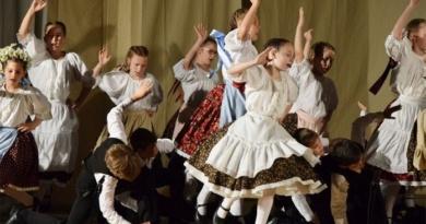 Lugoj Expres Zilele Maghiare Bănățene, la cea de-a XXIII-a ediție zilele maghiare bănățene Tormac Timișoara teatru Reșița Otelec Lugoj Făget expoziții Dumbrava dans concerte