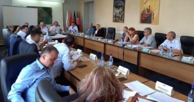 Lugoj Expres Consilierii lugojeni se întrunesc în ședință ordinară unități de învățământ sprijin financiar ședință proiecte Lugoj hotărâri Consiliul Local consilii de administrație