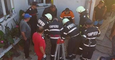 Lugoj Expres Tragedie, într-o localitate din apropierea Lugojului! Trei persoane au murit într-o fântână tragedie nenorocire morți în fântână Jupani ISU Timiș intervenție