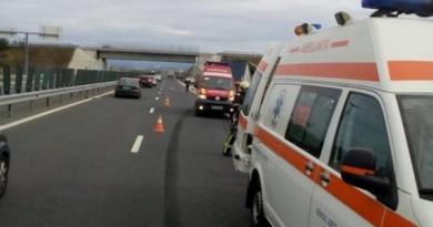 Lugoj Expres Trei persoane rănite, într-un accident pe autostrada A1 Timișoara Șanovița persoane rănite Lugoj eveniment rutier coliziune Autostrada accident A1 accident A1