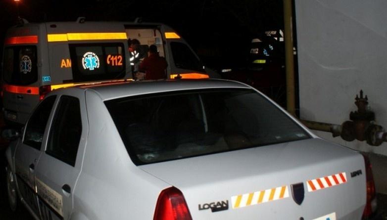 Lugoj Expres Bătaie în fața unui bar. Un bărbat a ajuns, în comă, la spital victimă vătămare corporală spital Sărăzani comă bătaie Bârna bărbat bătut altercație agresor