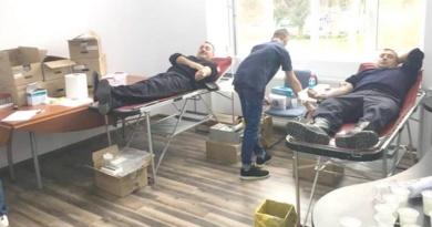 Lugoj Expres Pompierii lugojeni salvează vieți și în timpul liber sânge salvează vieți Rotary Lugoj Rotary pompierii militari pompieri Lugoj ISU Timiș donare de sânge donare Detașamentul de Pompieri Lugoj campanie