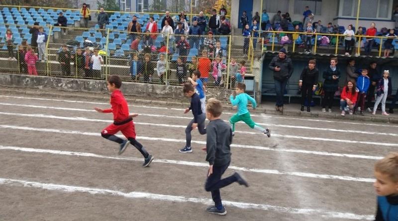 "Lugoj Expres Prima ediție a ""Cupei Tineretului"", la atletism TSD Lugoj TSD elevi CSȘ Lugoj competiție atletism"