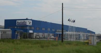 Lugoj Expres Producătorul de componente auto Autoliv - amendă de 179 milioane de euro producători Lugoj fixare prețuri componente auto Comisia Europeană cartel Autoliv amendă