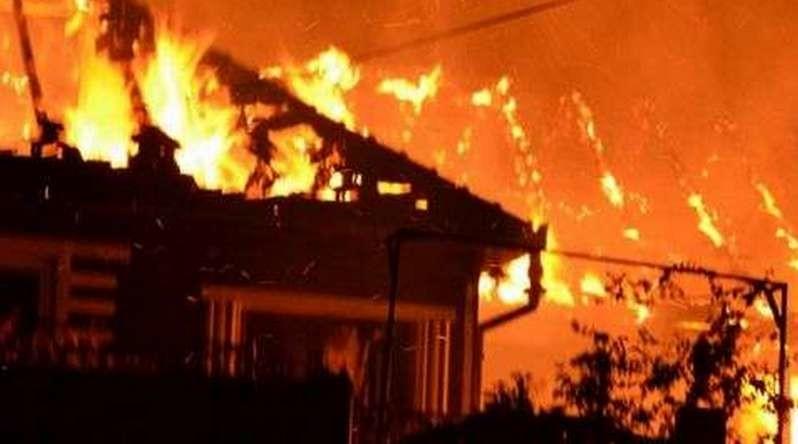 Lugoj Expres O femeie a murit într-un incendiu, la Făget victimă pompieri necropsie morgă incendiu foc flăcări femeie decedată Făget casă cadavru