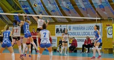 Lugoj Expres Volei Alba Blaj a cedat primul set, în actuala ediție de campionat, la Lugoj Volei Alba Blaj volei set meci sectaculos Divizia A1 CSM Lugoj campionat