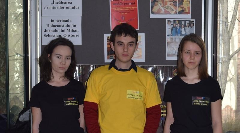 """Lugoj Expres Trei elevi de la HasdEU, premiați la concursul """"Made for EUrope"""" proiect premiu elevi Made for Europe Lugoj Liceul Teoretic """"Iulia Hasdeu"""" Lugoj Hasdeu Erasmus+ concurs"""