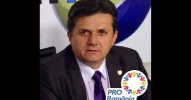 Lugoj Expres Din PSD, la Pro România! Un fost parlamentar din Lugoj a trecut în tabăra lui Victor Ponta PSD Lugoj PSD Pro România parlamentar de Timiș Lugoj Ioan Iovescu fost senator