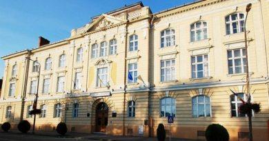 """Lugoj Expres Un nou proiect Erasmus+, la Liceul Teoretic """"Coriolan Brediceanu"""" TESLA surse regenerabile școală schimb interșcolar proiect program parteneriat Liceul Teoretic """"Coriolan Brediceanu"""" Lugoj Letonia Erasmus+ energie educație modernă Croația Austria"""